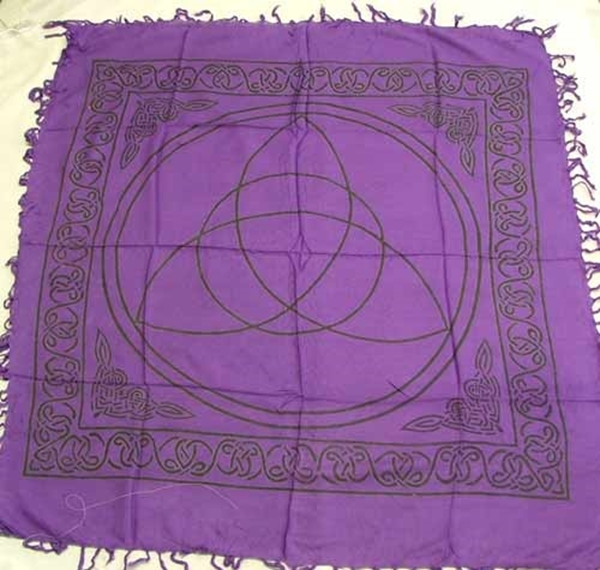 Picture of Altar Cloth - Triquetra (Charmed)