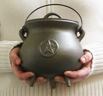 Picture of Pentacle Pot Bellied Cauldron (18cms)