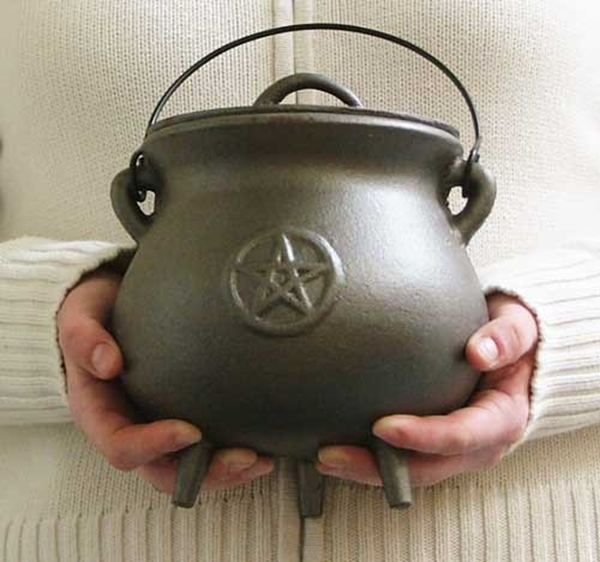 Picture of Pentacle Pot Bellied Cauldron (18cms)