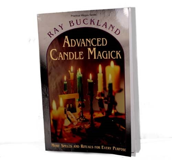 Picture of Advanced Candle Magick (Raymond Buckland)
