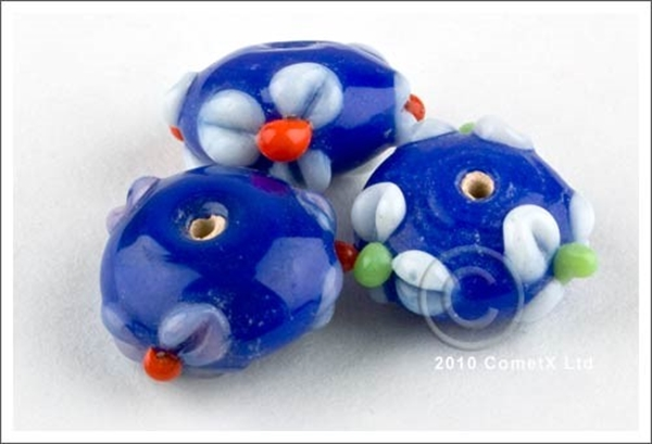 Picture of Flower Bead - Royal Blue Lampwork (Pk 5)