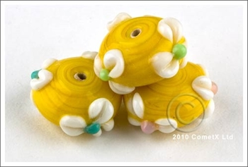 Picture of Flower Bead -  Buttercup Lampwork (Pk 5)