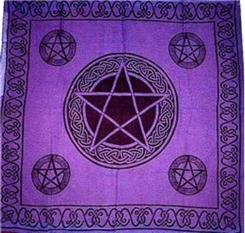 Picture of Celtic Pentacle Altar Cloth (36x36inch)