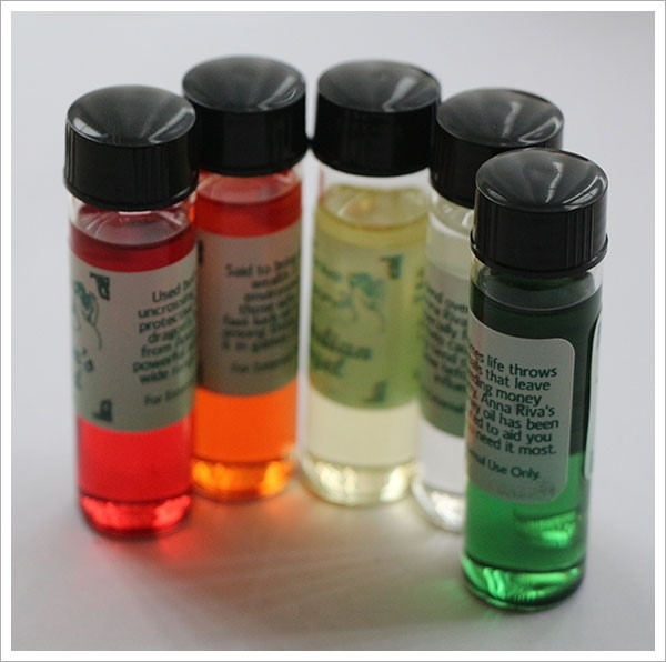 Picture of 'Q' Anointing Oil - Aura Accord