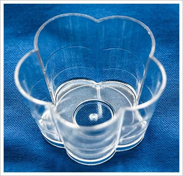 Picture of Daisy - Tea Light Or Floating Candle Cups (Pk 10)
