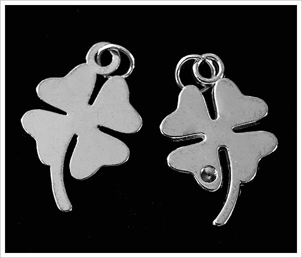 Picture of Four Leaf Clover Charm - Pk 5