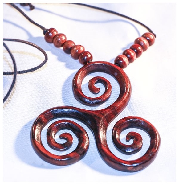 Picture of Triskele Pendant - Wood