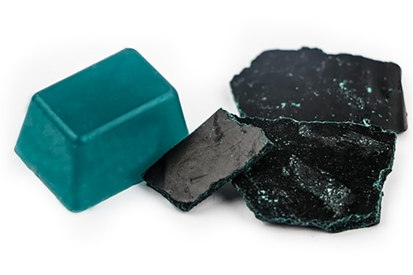 Teal Candle Dye Chips Image