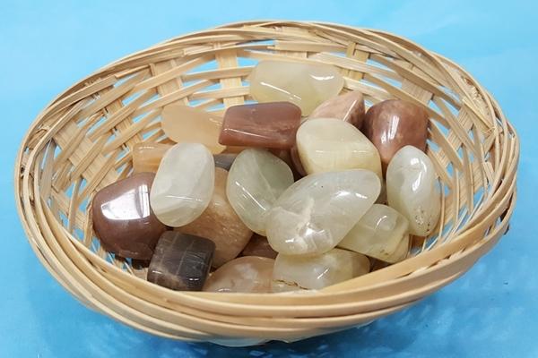 Moonstone Crystals Image